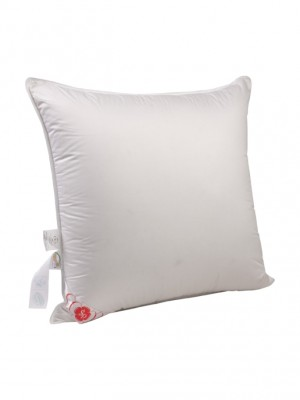 """Подушка средняя """"Виктория"""" 68х68 см наполнитель: элитный белый гусиный пух категории премиум"""