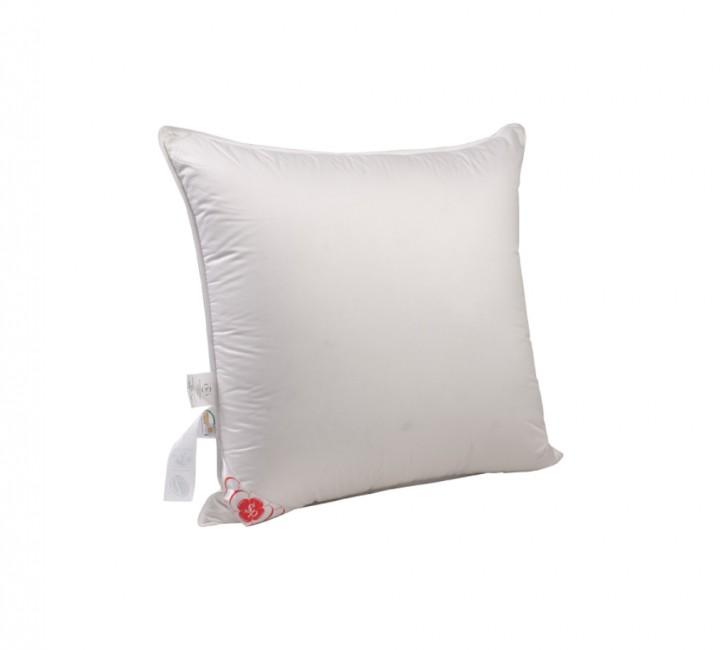 """Подушка средняя """"Виктория"""" 68х68 см наполнитель: элитный белый гусиный пух категории премиум ткань: батист (слоновая кость) гладкокрашенный, импортный (100% хлопок). Кант - белый"""