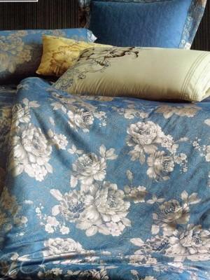 Комплект постельного белья сатин-жаккард Семейный TJ112-462