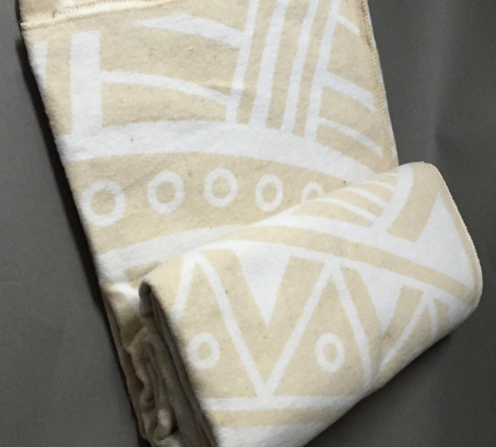 "Одеяло ""Перу"" 100% х/б 140х205 бел-беж Vladi байковое Альвитек Одеяла ""байковые"""
