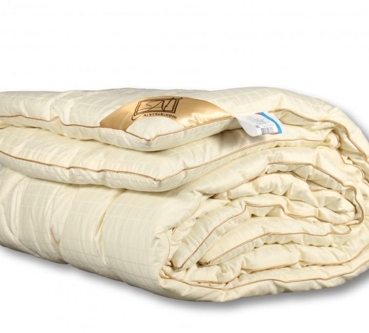 """Одеяло """"Модерато"""" Всесезонное классическое 200х220 Альвитек Одеяла"""