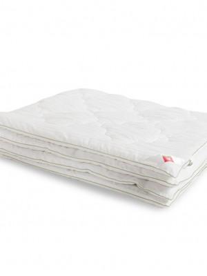 """Одеяло """"Бамбоо"""" 140х205 бамбуковое волокно легкое Легкие Сны"""