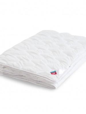 """Одеяло """"Перси"""" 140х205 легкое микроволокно Легкие Сны"""