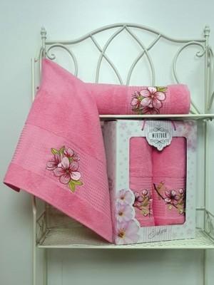 8430 Розовый SAKURA (50х90+70х140 ) в коробке Набор полотенец MERZUKA